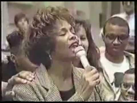Whitney Houston - HBO Welcome Home Heroes Interview (1991)