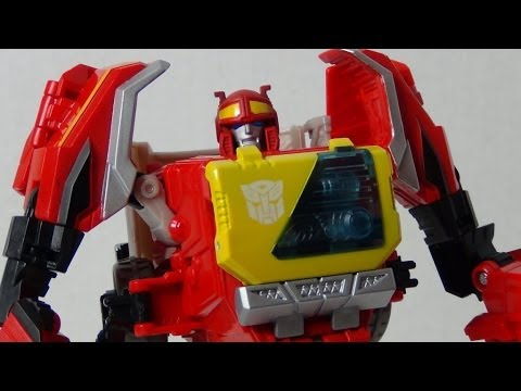 Autobot Blaster | Transformers Fall of Cybertron voyager class review