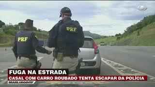 Polícia persegue carro roubado em rodovia de SP