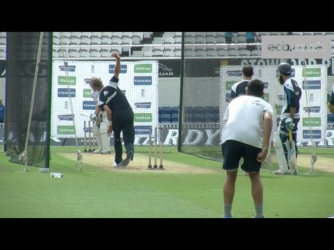 Paceman Stuart Broad bowling quickly in the nets