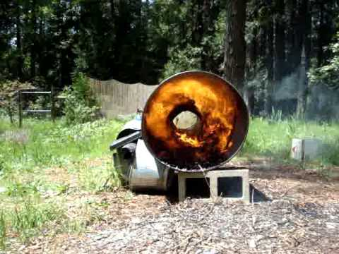wood chip burner prototype 10kW power system.MPG
