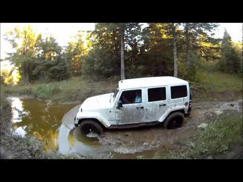 4x4 Offroad Jeep Wrangler (HD)