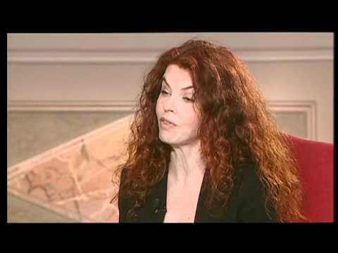 """il card. Tettamanzi dialoga con Paola Saluzzi su """"Prego, quindi sono"""""""