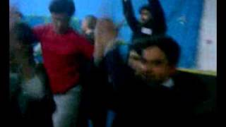 Download Shaif khan(swabiwal)all student&teachers dance 2gather in party.3gp 3Gp Mp4