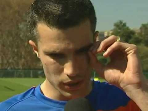 FIFA World Cup 2010 - Robin van Persie talks about Robben's return from injury