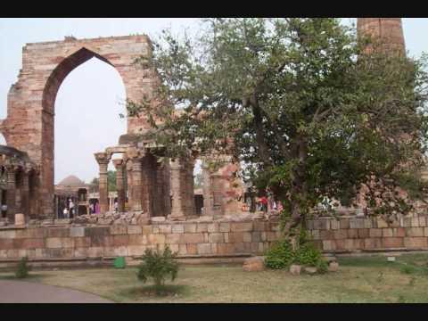 Vittorio Russo – Qtub Minar-Tratto da India mistica e misteriosa