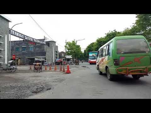 Bus Harapan Jaya masuk terminal GAYATRI Tulungagung