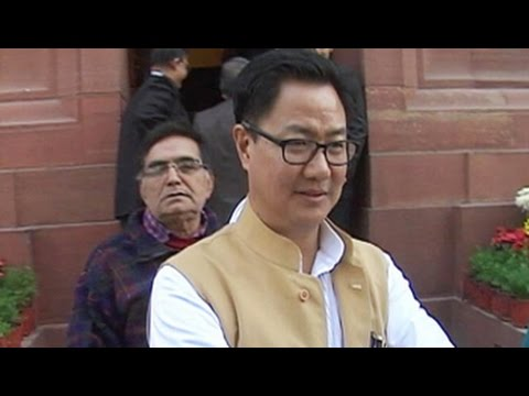 To accommodate union minister Kiren Rijiju, Air India offloaded 3, including child