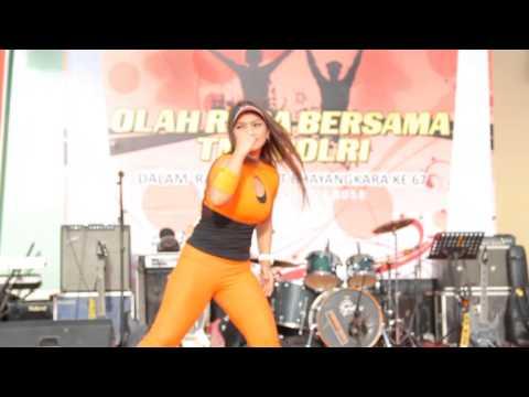 Senam Liza Natalia Paling Hot :: VideoLike
