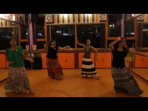 ghagra yeh jawaani hai deewani  dance choreography by step2step...