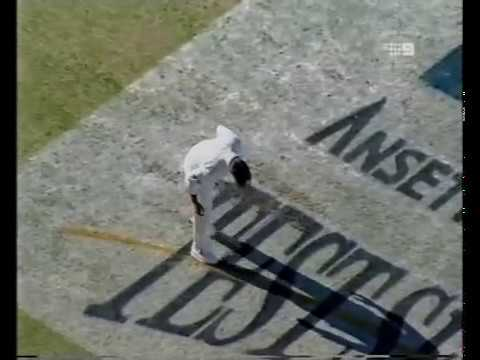 Shoaib Akhtar vs Ricky Ponting PART ONE - HOSTILE BOWLING SPELL - PERTH 1999
