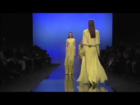Elie Saab | Fall Winter 2013/2014 Full Fashion Show | Exclusive