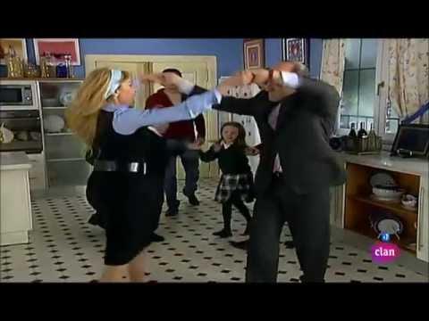 Ana y los 7 - Baile de Ana y Fernando en la cocina