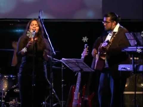 Sunitha Sarathy - En Ullam Enguthae - Live