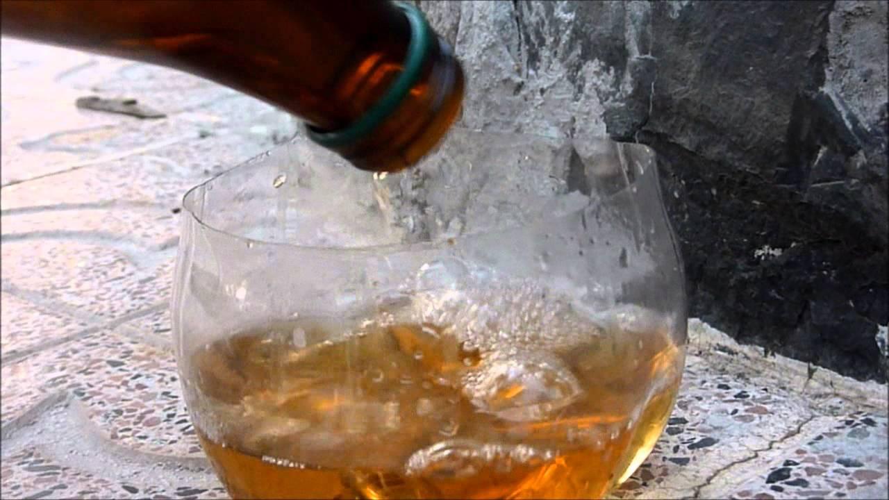 Con botella de cerveza en el culo - 5 4