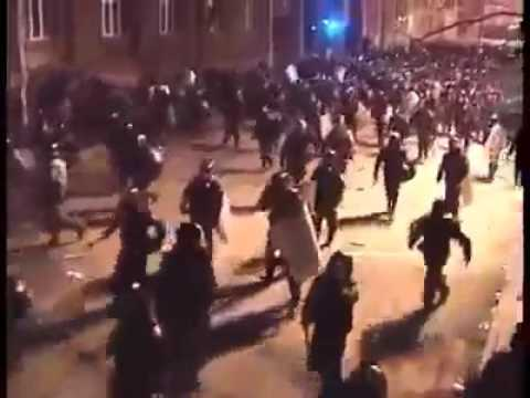 Police brutality in France - Resist the police
