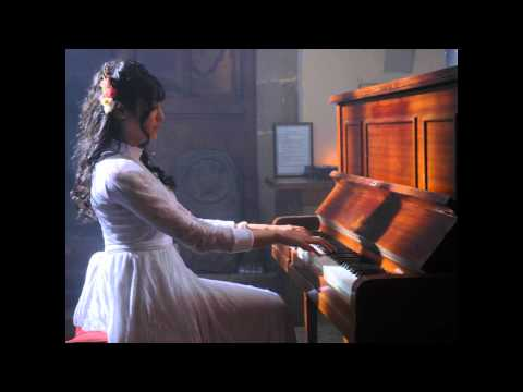 Adah Sharma Playing The Piano In 1920 video