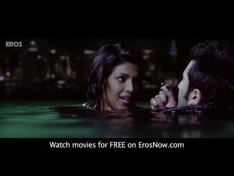 Ranbir & Priyankas hot kiss - Anjaana Anjaani