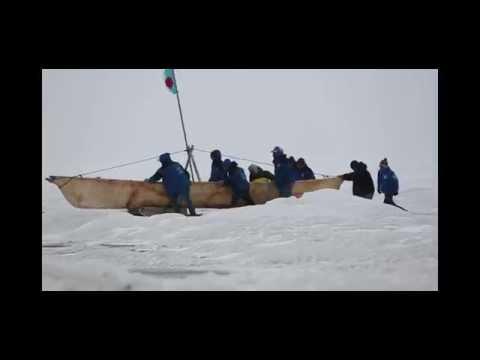 Umiaq & Whaling Crew : Barrow Alaska Spring Whaling