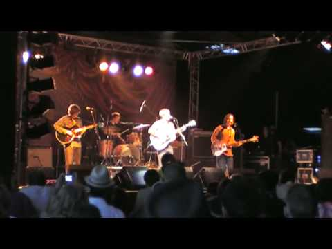 The Coral - New Song - Being Somebody Else - Lounge on the Farm 2008