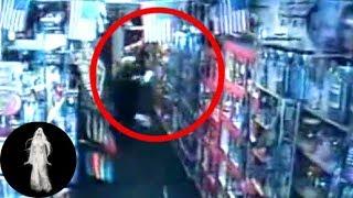 Hồn ma tấn công 2 bà cháu trong siêu thị- Ma Quanh Ta