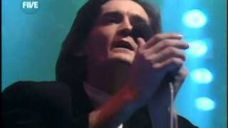 Feargal Sharkey - A Good Heart @ TOTP 25-12-1985