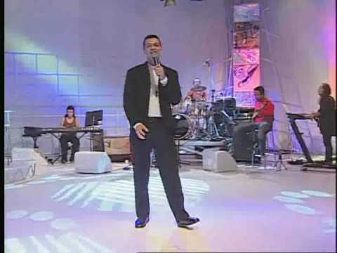 Titelbild des Gesangs Na Tua Presença von Pe. Delton Filho
