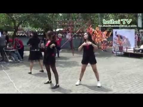 Indonesian Sexy Dance Cover At Japanese Festival video
