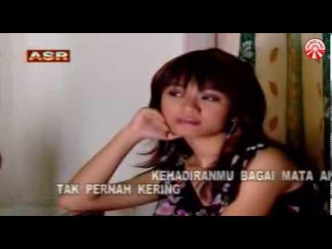 Meggi Z - Mata Air Cinta [Official Music Video]