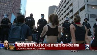 Live team coverage of the protests in Houston, Minneapolis