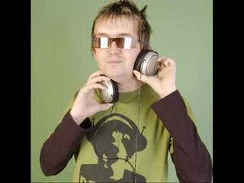 DJ Szatmári Feat Jucus - Táncol A Nyár