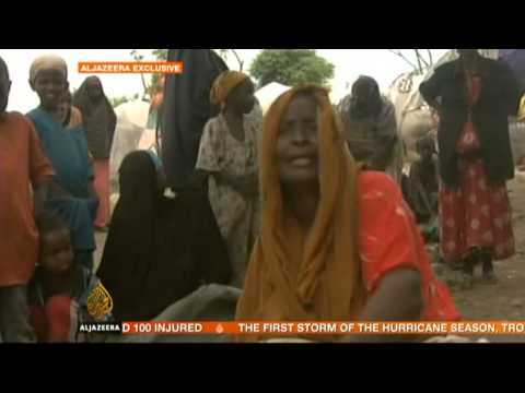 Somalia floods displace thousands