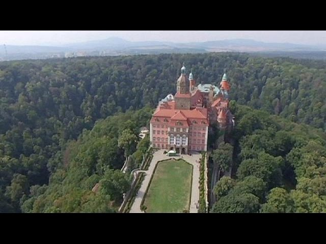 Poland 'has located' buried Nazi treasure train