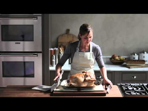 How to Roast a Thanksgiving Turkey | Williams-Sonoma