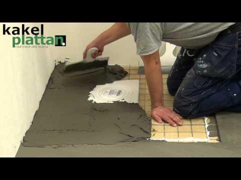 Bygga lokalt fall vid golvbrunnen när du flytspacklar. Läs mer på www.kakelplattan.se