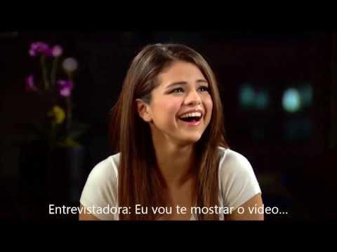 Selena Gomez chora ao ver vídeo feito por fã australiana (legendado)