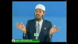 Zakir Naik Q&A-113  |   Man giving logic of not having beared
