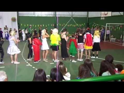 Col�gio Penha de Fran�a - Quadrilha Mixada - 2013 - 2� Parte