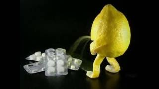 Succo di limone contro i calcoli renali e coliche. Lemon juice against kidney stones WWW.GOODNEWS.WS