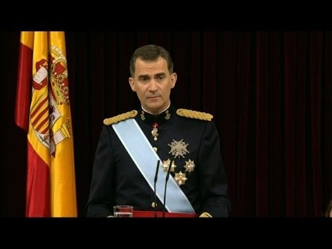 Spanish King Felipe VI takes oath in new reign