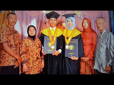 Wisuda Strata 1 Universitas Merdeka Pasuruan