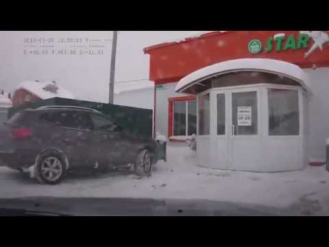 Водитель пристегнулся за пару секунд до аварии