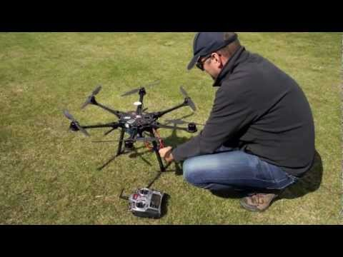 DJI S800 first flight (Spreading Wings)