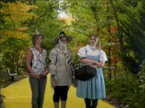 May 9, 2010, Dorothy & Friends meet the Lion: The Wizard of Oz