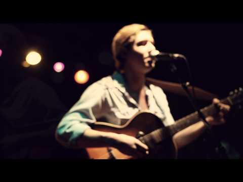 "Cale Tyson - ""Old Time Blues"" (Live at The High Watt)"