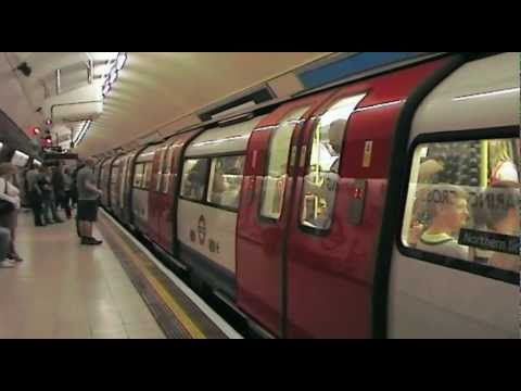London Underground: Charing Cross (Trafalgar Square) (Tube Station) (2009)