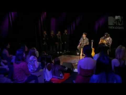 Justin Bieber - U Smile (Live) @ MTV