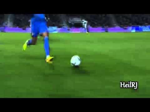 Cristiano Ronaldo HABILIDADES asombrosas Mostrar 2013 2014 HD font font