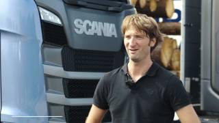 Transport writers take Scania's New Truck Generation out on the road