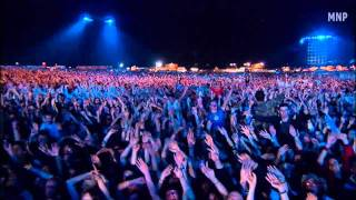 Robbie Williams - Angels (Live at knebworth) HD